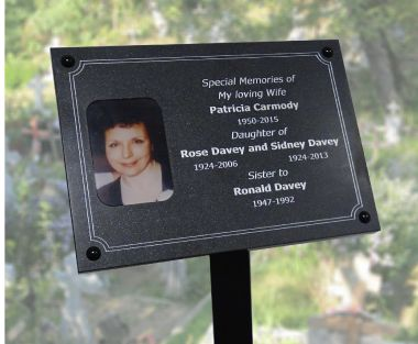 An image of Granite Effect Memorial Photo Plaque - 200mm x 150mm