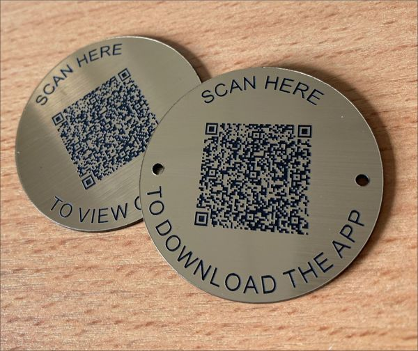 Brushed Brass Effect QR Code Table Discs   50mm