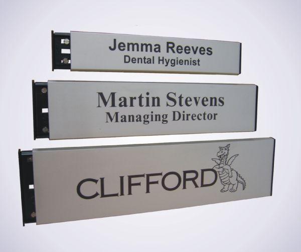 Aluminium Slatz Door Signs