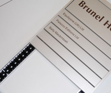5 Strip In-Out Name Board