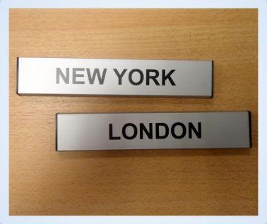 Aluminium Slatz Clock Signs