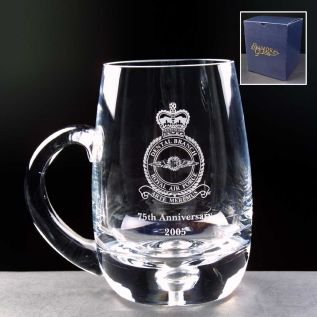 Engraved Glass Tankard - Bubble Based 1pt