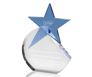 Engraved Glass Star Trophy AC72