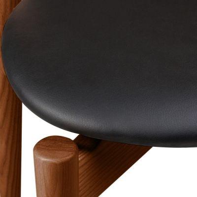 Boston Chair Walnut Seat Detail