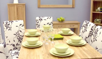 Warminster 4-6 Seater Solid Oak Table 2