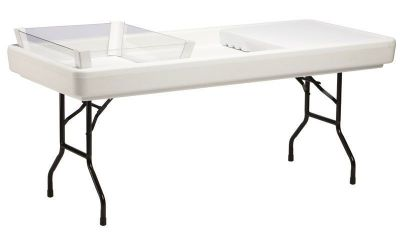 Folding-Foldable-Table-with-Raised-Sides-to-Hold-Ice