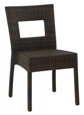 Outdoor-Java-Weave-Chair-with-Square-Hole-in-the-Back
