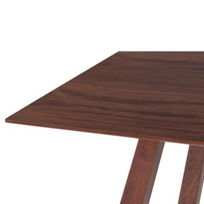 Decor Dining Table Detail