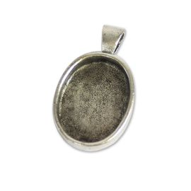 Oval jewellery pendant 2
