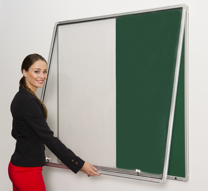An image of Lockable Pinup Combination Noticeboard and Whiteboard - Whiteboard...