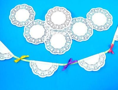 Doilies White Compressed