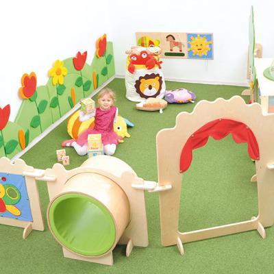 LS Kindergarten Tunnel 1