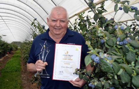 Costa JV  Impact Award  Peter McPherson, General Manager – Berry International, Costa