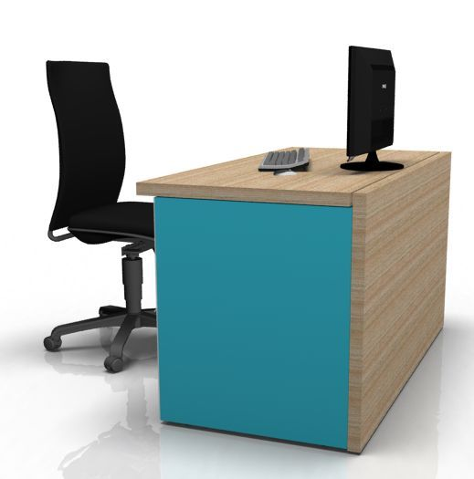 Versa Single Desk Office Reality