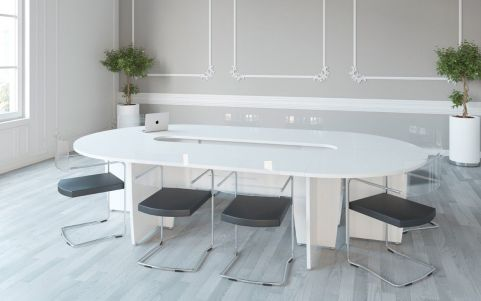 Biarritz Oval Table In White