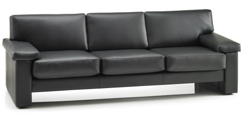 Tauraus Three Seater In Black Leather