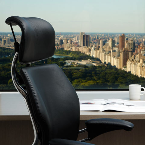 17 Humanscale Freedom Headrest Chair 5