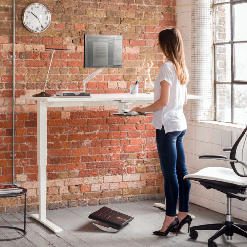 17 Humanscale Float Height Adjustable Table Edit6