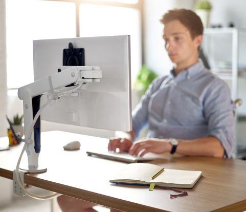 Ollin-desk-angle-back-compressor