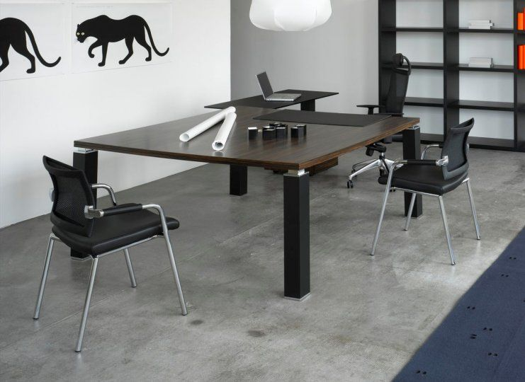 Tao Square Meeting Table Office Reality - Glass boardroom table