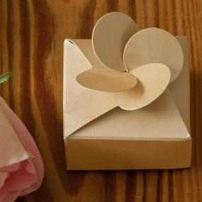 Pale Gold Petal Top Favour Box