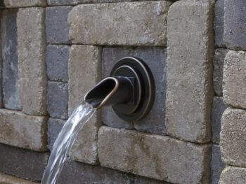 Circle Bronze Water Spout