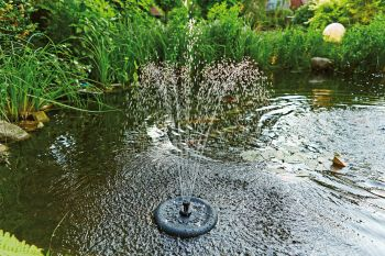 Mini Jet 3000 Floating Fountain with UVC