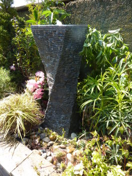 Twisted Fountain in Black Limestone 0.6m