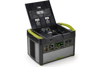YETI 1400 + 4 x Boulder 200 Solar Generator Set